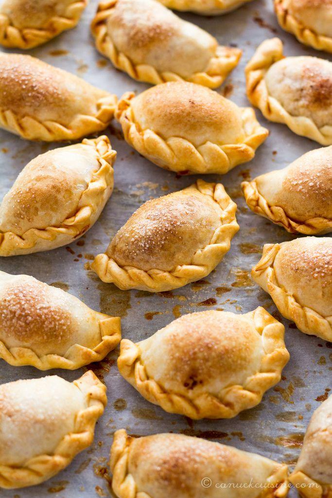 Baked Empanadas | canuckcuisine.com