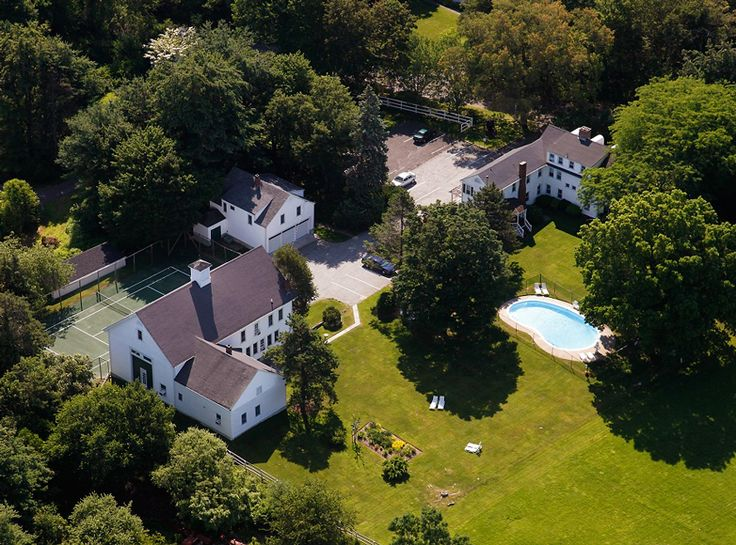 Luxury Providence, Rhode Island, Area Inn for sale with 5 acres of sprawling grounds and opportunities for growth.