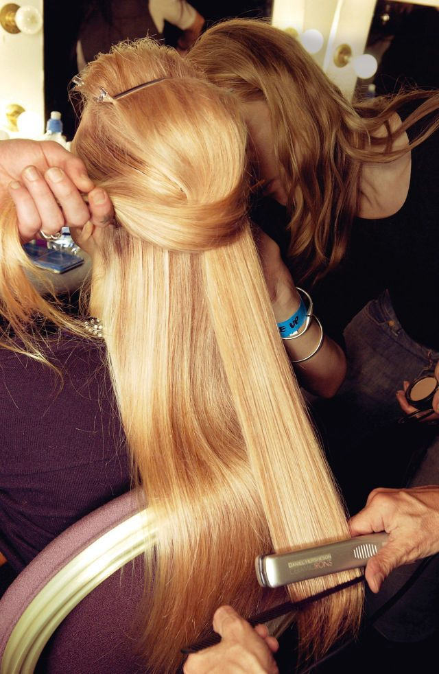 There Is Apparently a Perfect Temperature for Your Flat Iron, and This Is It - Seventeen.com