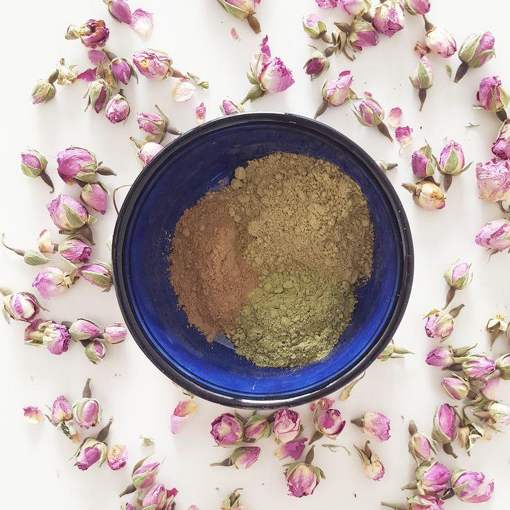Voici ma recette naturelle contre les démangeaisons et pellicules au naturel ! Un soin lavant doux qui fortifie les cheveux et assainit le cuir chevelu !