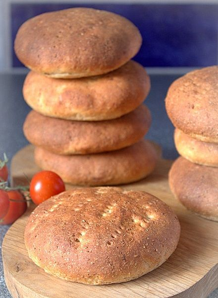 grahamstekakor...crumpets/buns with graham flour...recipe
