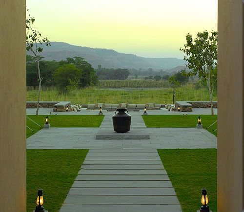 Aman-i-Khás is a wilderness camp located on the outskirts of Rajasthan's Ranthambore National Park.