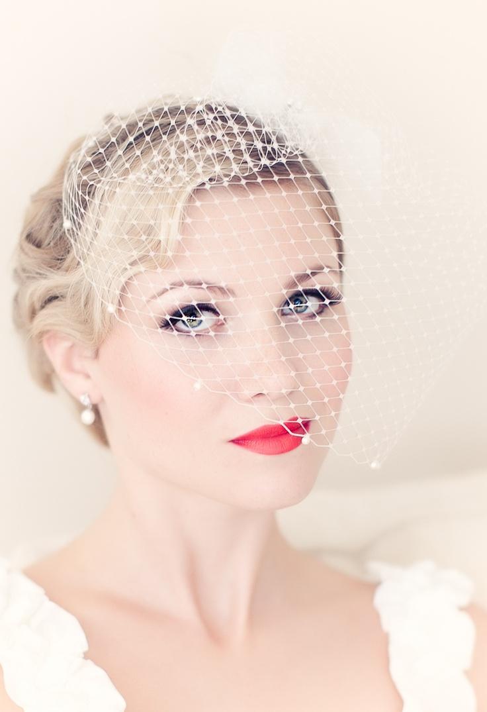 Birdcage wedding veil by PowderBlueBijoux