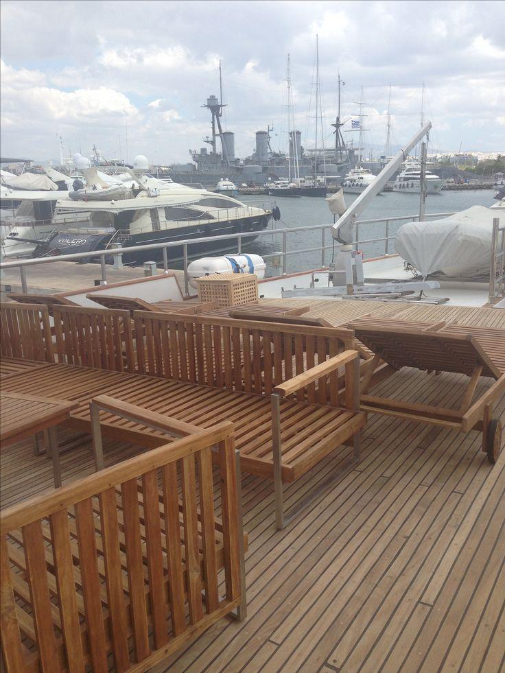 Enjoy yachting Enjoy sun Nice woodwork