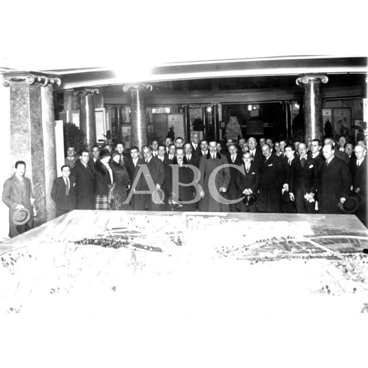 EN LA EXPOSICIÓN DE URBANISMO DE MURCIA: 29/11/1926Descarga y compra fotografías históricas en   abcfoto.abc.es