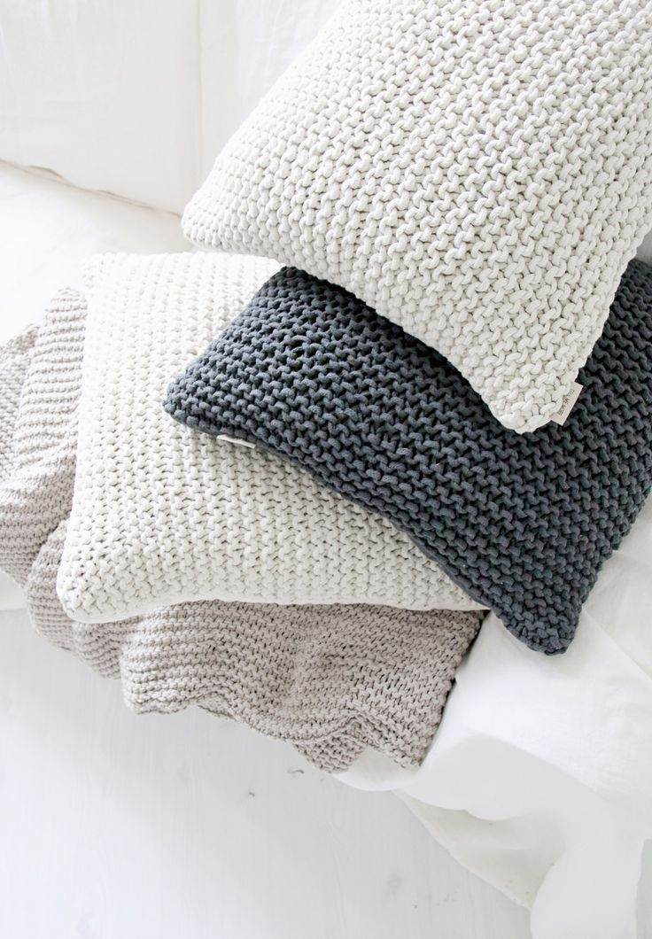 NATURE Pillow cover, off-white - BYPIAS Home - BYPIAS