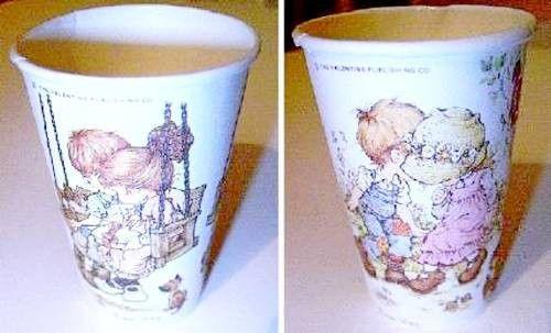 SARAH-KAY-70s-Germany-lot-2-paper-glass-cups-bicchieri-di-carta-perfetti-2-pz