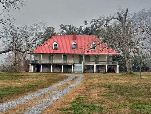 Louisiana Creole-style plantation house.