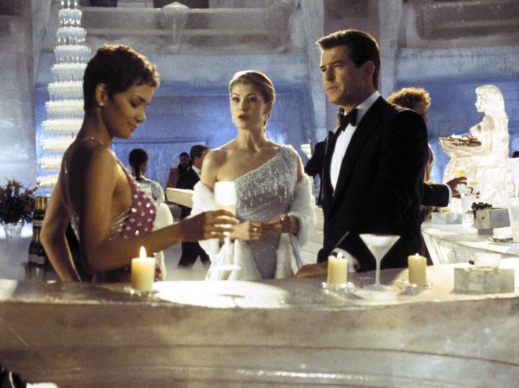 50 ans de James Bond Girl