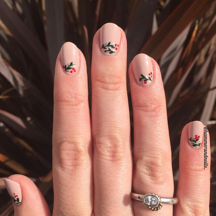 Christmas Nail Art Designs | Holiday Nails | Festive Nails