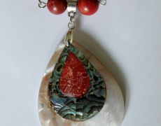 Colier Trishell - coral / sidef / paua