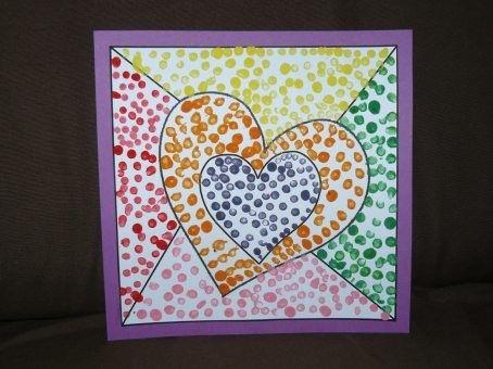 Carte de fête des parents - petits ronds à la peinture avec un coton tige