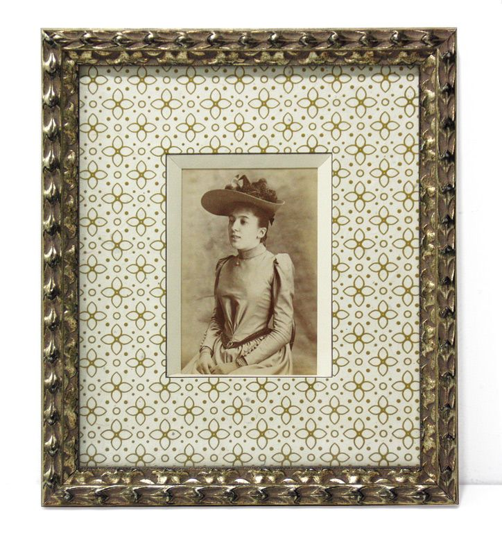 174 best encadrement de photos de famille anciennes et for Encadrement shabby chic