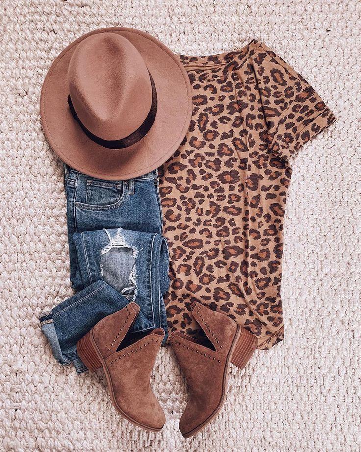 """d e b   sunsets and stilettos on Instagram: """"$15 leopard tee? Yes please. Dres…  – ❤️Hochzeit S&M"""