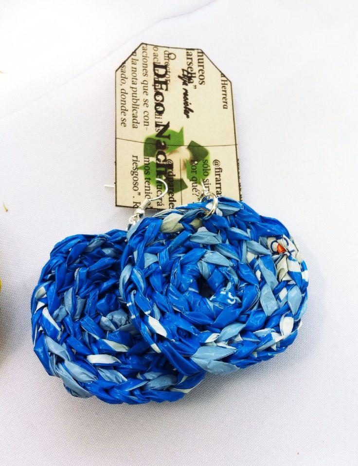Aritos tejidos a crochet, materia prima bolsas plasticas de multitiendas
