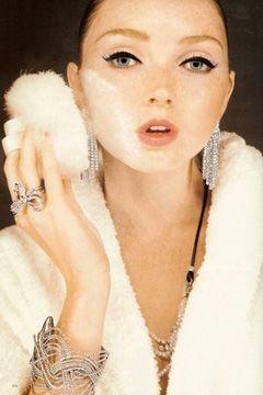 Лили Коул:Самая умная модель и звезда фильма «Воображариум доктора Парнаса»