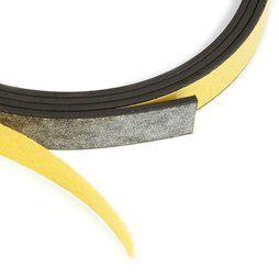 Das selbstklebende Magnetband MT-10-STIC eignet sich, um nicht-magnetische Gegenstände an Metalloberflächen zu befestigen. Dieses Magnetband ist 10mm breit und in den Längen 1 m, 5 m und 25 m erhältlich.