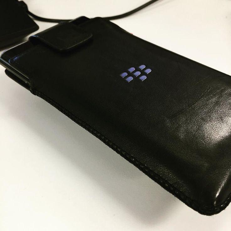 "#inst10 #ReGram @blackberrybrad: Still love using a holster with my BlackBerry device. What case do you use for your device? #BlackBerryPriv #BlackBerry #blackberryelite #PhoneCase #PhoneHolster ...... #BlackBerryClubs #BlackBerryPhotos #BBer ....... #OldBlackBerry #NewBlackBerry ....... #BlackBerryMobile #BBMobile #BBMobileUS #BBMibleCA ....... #RIM #QWERTY #Keyboard .......  70% Off More BlackBerry: "" http://ift.tt/2otBzeO ""  .......  #Hashtag "" #BlackBerryClubs "" ......."