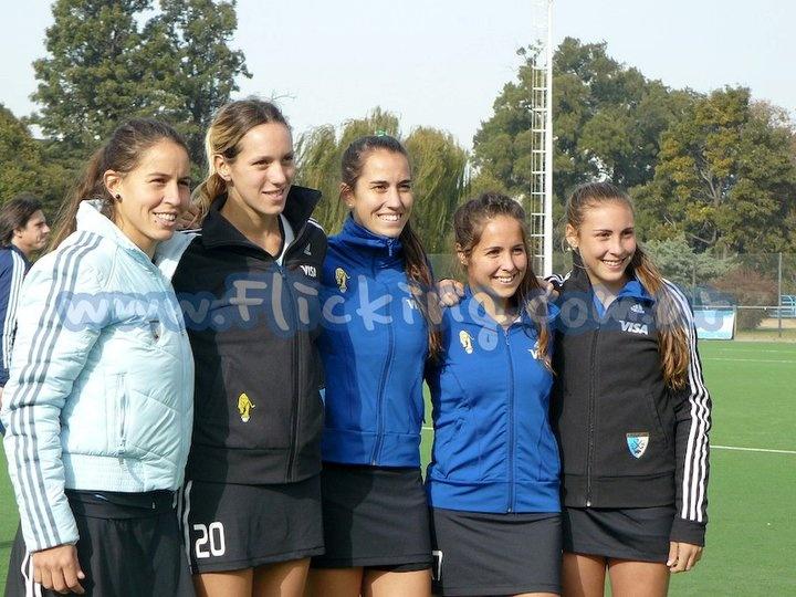 Sofía Maccari - Victoria Zuloaga - Josefina Sruoga - Rocio Sánchez Moccia - Florencia Habif   #LasLeonas #HockeyCesped
