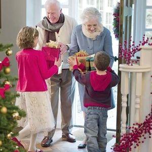 Regalos para personas mayores Los regalos para personas mayores es muy importante y un poco difícil para la fiesta mas agradable del año – La Navidad. ¿Que pensáis comprar a las personasque toda su vida os ha estado ayudando en casa? La mayoría de la gente tiene el problema qué se puede comprar para personas mayores. Alguna persona mayor Read More ...