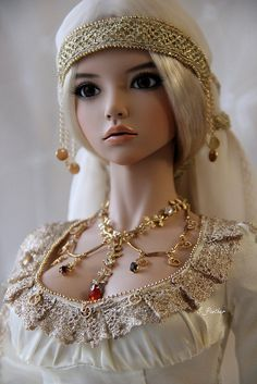 Mari. Gorgeous ball jointed doll