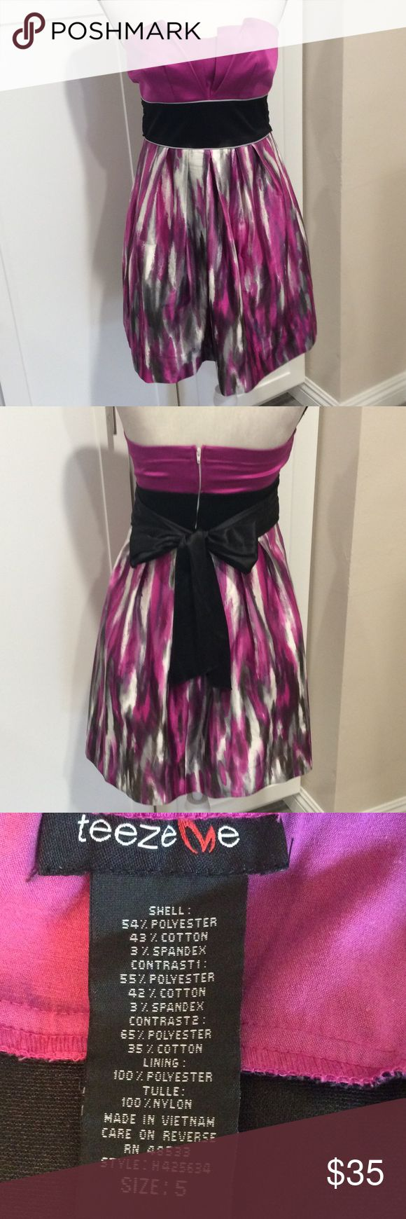 Beautiful strapless party dress This dress is tight on top w pleats ties on back skirt is not fitted and also has pleats Tweeze me Dresses Strapless