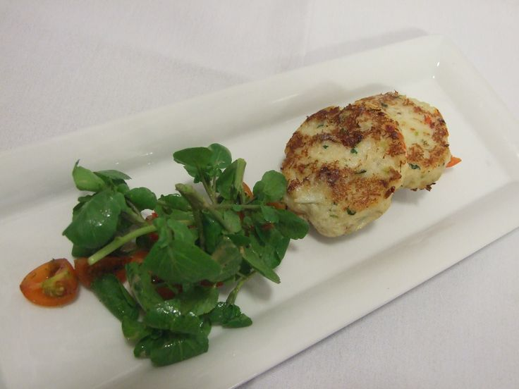 Cornish Crab Cakes with Chilli Tomato Salsa and leaves