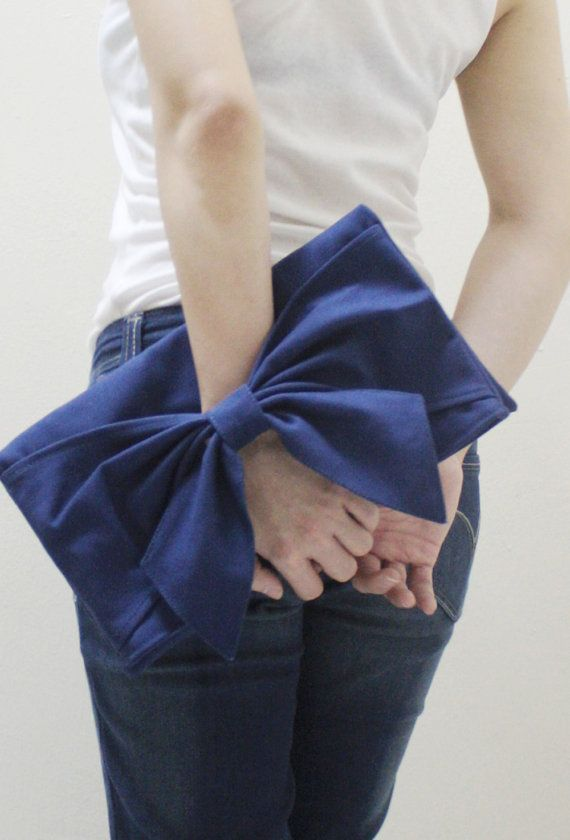Hey, I found this really awesome Etsy listing at https://www.etsy.com/listing/151659086/sale-20-off-bow-in-royal-blue-clutch-bag