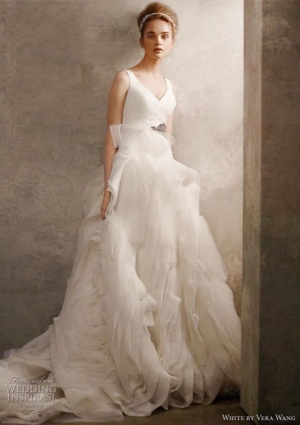 96f29b29d993 Details about vera wang white wedding gown in 2019   W - THE DRESS ...