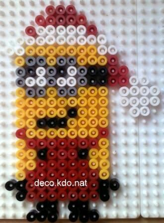Minion Christmas hama perler by deco.kdo. nat - Pattern: http://www.pinterest.com/pin/374291419002838998/