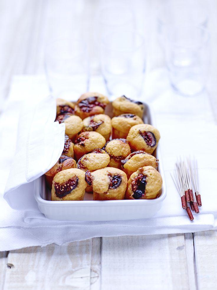 Recette Cannelés patate douce et figues : Rincez les figues et coupez-les en quartiers. Faites-les dorer rapidement à la poêle avec 15g de sucre roux et 15...