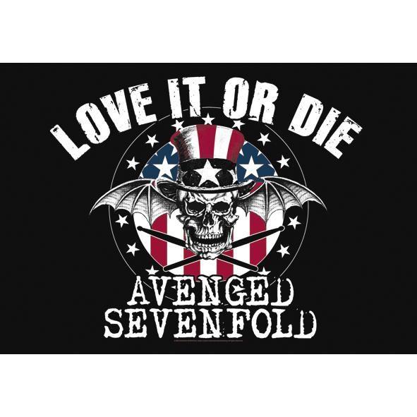 """Bandiera """"Love It Or Die"""" degli #AvengedSevenfold con stampa di qualità ed ottimo tessuto. Made in Italy. 100% poliestere. Dimensioni: 110 x 75 cm circa."""
