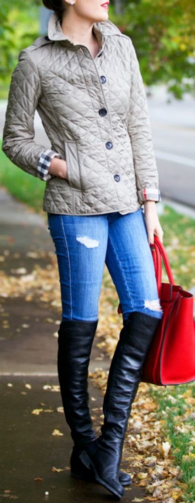 Top 10 best fall fashion outfits for everyday wear, work or special occasion. #fall #fashion