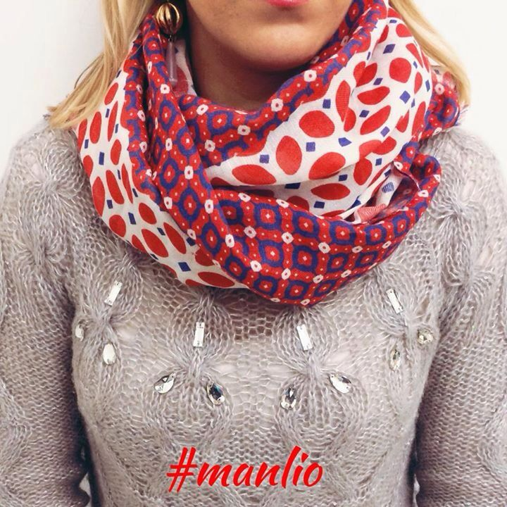 ⭐️ SPRING 2015 ⭐️ Sciarpa €78 Per spedizioni WhatsApp 329.0010906 #sciarpe #scarves #foulard #pashmine #Pasqua2015  #fashion #style #spring