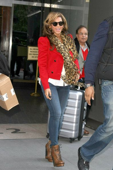 Beyonce Knowles Photo - Beyonce Knowles Out and About in Manhattan