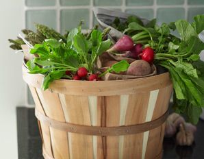 How to afford organic foods from @Prevention Magazine: Hot Food, Organizations Food, Healthy Recipes, Healthy Eating Tips, Eating Healthy, Healthy Food, Prevent Magazines,  Flowerpot, Food Trends