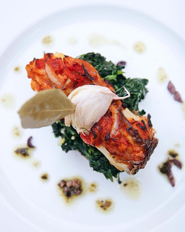 Roasted Cod in Potato Boat #bacalhau #barcodebatata #peixeassado #cozinhagourmet #comidaportuguesa #finedining #chaminerussa #oliveiradohospital #coimbra #stroganovhotel #visitportugal