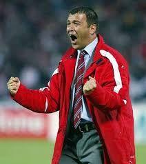 Λεμονής Τάκης. Κολωνό. (1960). Προπονητής από το 2000-2002 & 2006-2008.