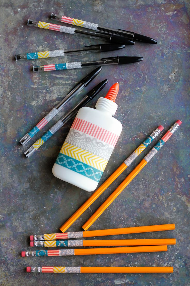 Personalized School Supplies -- washi tape makes personalizing school supplies inexpensive, simple and easy!