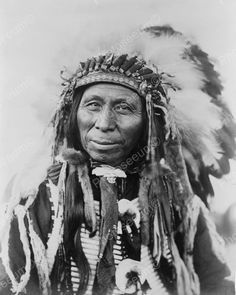 Click HERE to see my other auctions Black Thunder Sioux Indian 1908 Vintage 8x10 Reprint Of Old Photo Black Thunder Sioux Indian 1908 Vintage 8x10 Reprint Of Old Photo This is an excellent reproductio