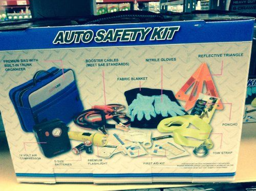 JustinCase Auo Safety KIT-SMUSS013. For product info go to:  https://www.caraccessoriesonlinemarket.com/justincase-auo-safety-kit-smuss013/
