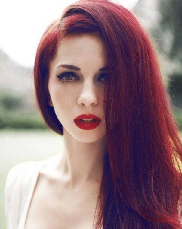 Koyu Kızıl Rengi Saç Modelleri