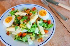 Om te seizoenen - (aspergesalade met (zoete) aardappel) -Kee Huidekoper