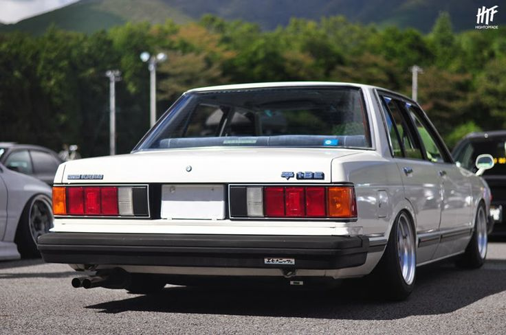 Lindo Opticos traseros   Nissan 910 Bluebird // ...