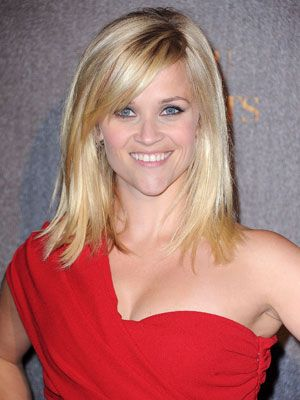 Side swept bangsReese Witherspoon, Haircuts, Medium Lengths, Medium Length Hairstyles, Fine Hair, Hair Cut, Side Swept Bangs, Side Bangs, Hair Style