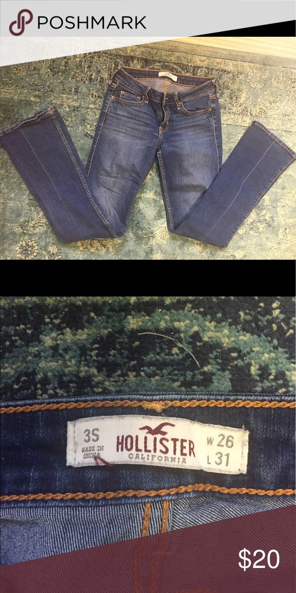 Hollister boot cut jeans Good condition Hollister boot cut jeans! Slightly stretchy denim Hollister Jeans Boot Cut