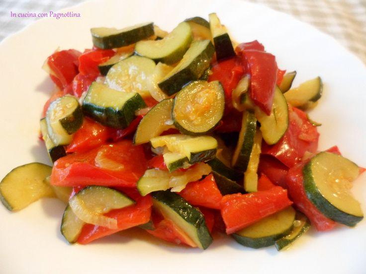 #Zucchine e #peperoni in padella