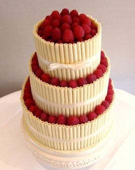 How to Make a Wedding Cake on your own
