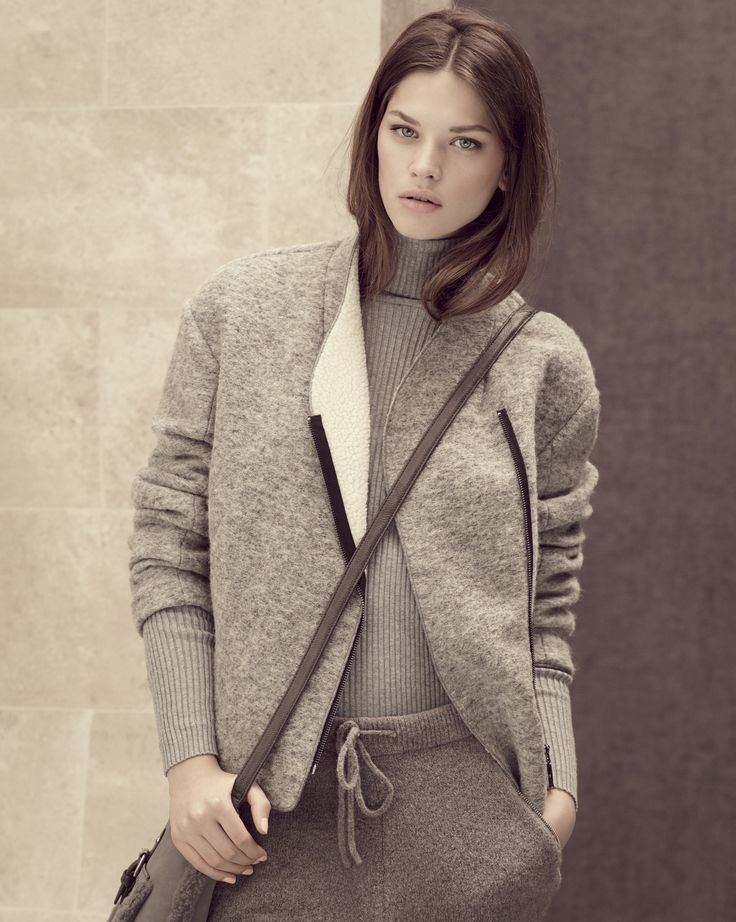 Sumptuously soft meets the dramatically simple in this cool grey assembly. Autumn/Winter preview.