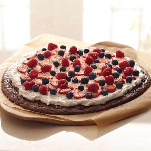 Berry Patch Brownie Pizza - The Pampered Chef® (Round Pizza Stone)